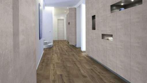 Clinica con suelo laminado Kaindl Roble Fresco Bark K4382-1