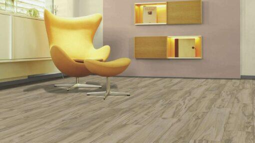 Sala con suelo laminado Kaindl Roble Tortona 37663 (13)