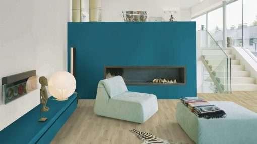 Salon con suelo laminado Kaindl Roble Trevi 37528 (10)