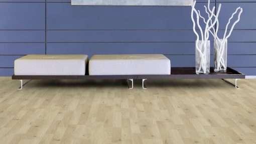 Salon con suelo laminado Kaindl Roble Trevi 37528 (8)